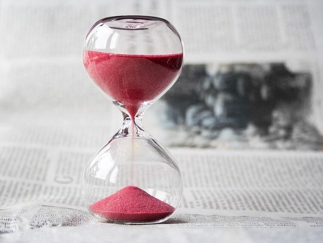 Acheter plus grand pour moins cher : en négociation, le temps est ton allié