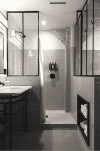 Rangement cloison salle de bain